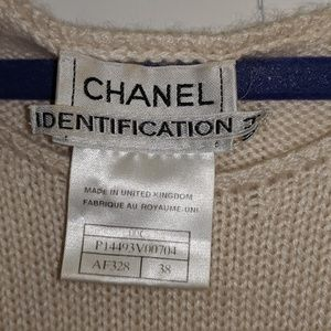 Authentic Channel off white Sweater